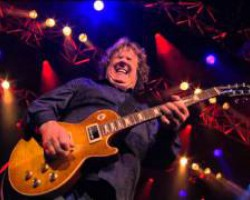 Gary Moore - Parisienne Walkways - Live Montreux 2010..RIP...Gary...